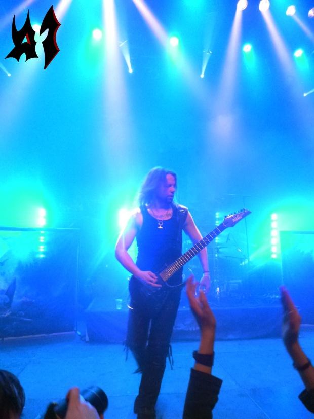 Heri on stage