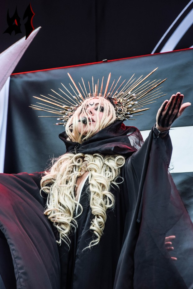 Hellfest - Day 3 - In This Moment 15