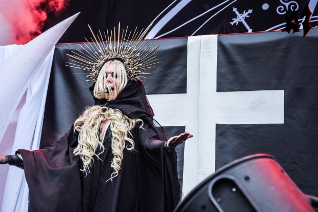 Hellfest - Day 3 - In This Moment 16