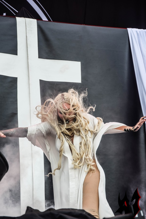 Hellfest - Day 3 - In This Moment 24